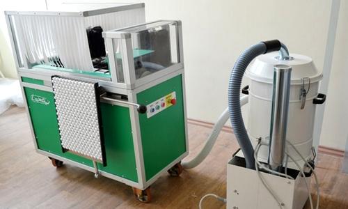 Машина для полу автоматизированного обеспыливания в архиве LAURA
