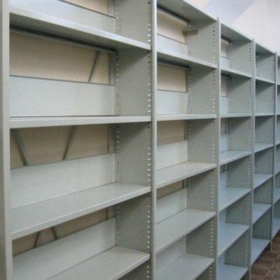 Стационарные библиотечные полочные стеллажи